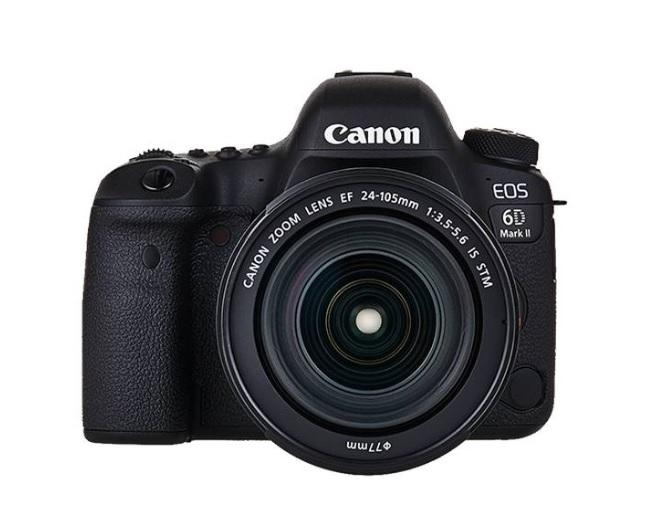 Canon Eos 6D Mark II con Obiettivo 24-105